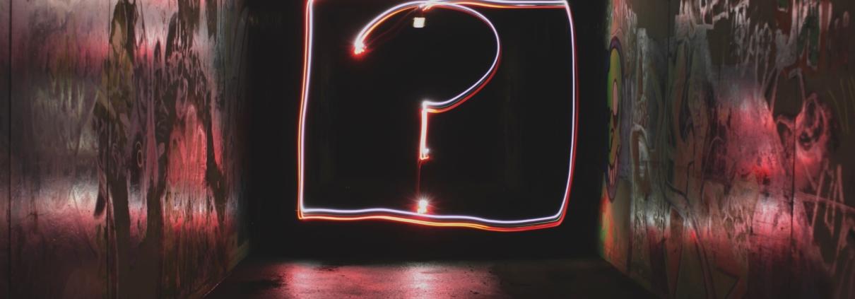 """Frag nicht """"Warum…""""! Mit besseren Fragen zu besseren Ergebnissen"""